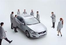 Volvo V60 Plug-In Hybrid Unboxing
